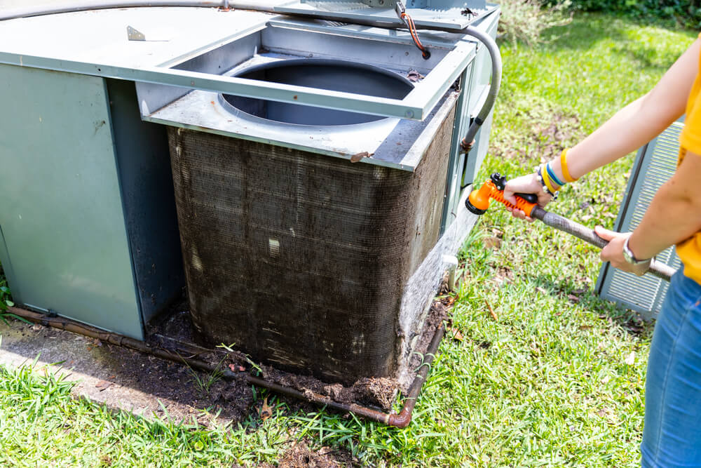 How To Clean an AC Condenser Efficiently